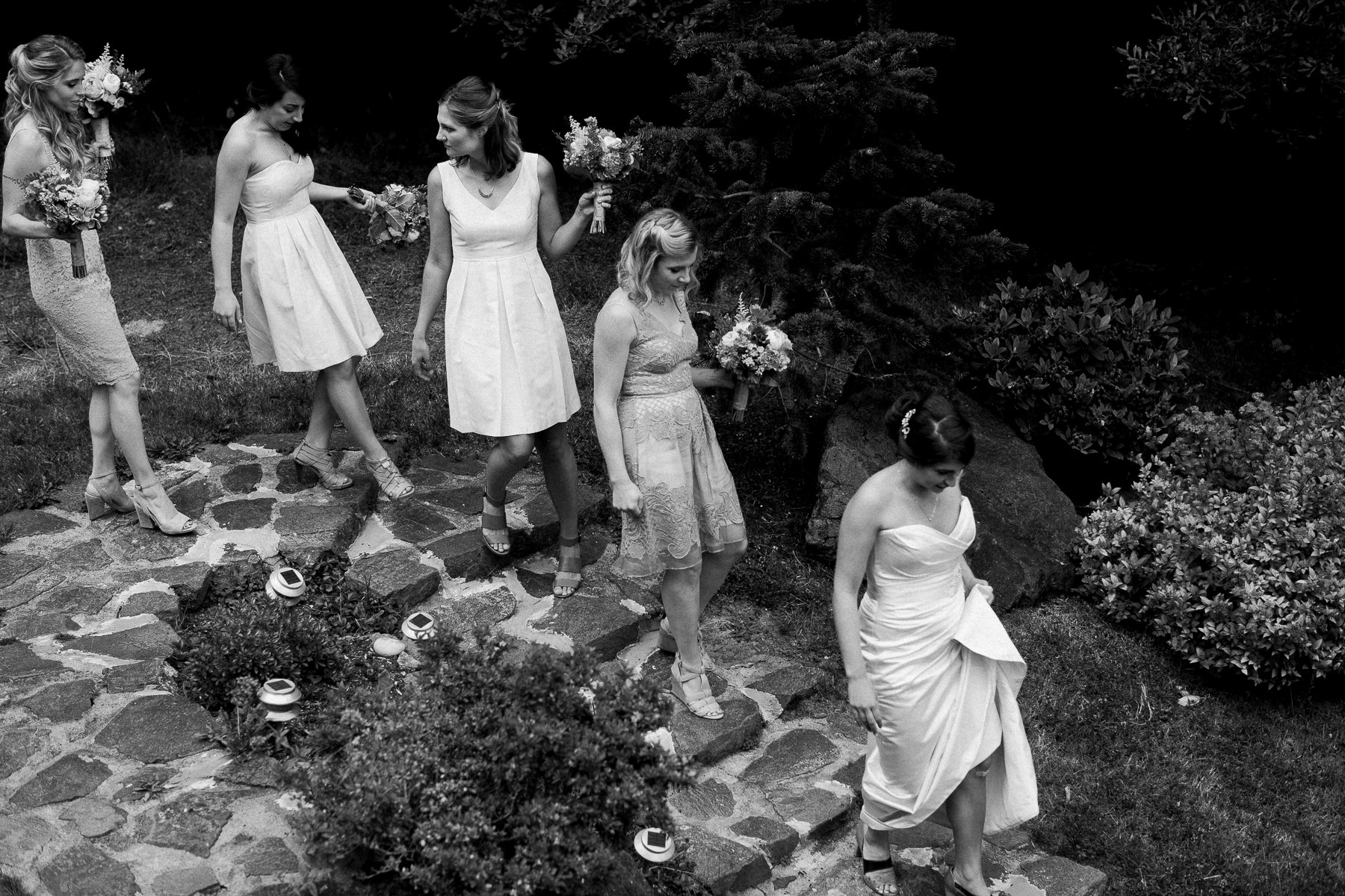 Candid moments at Kiana Lodge by top Seattle wedding photographer Anna Peters