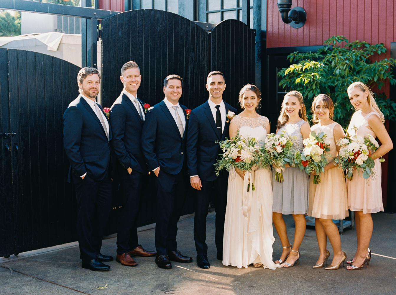 Modern Garden Wedding at Seattle's Olympic Pavillon | Anna Peters, Seattle Wedding Photographer