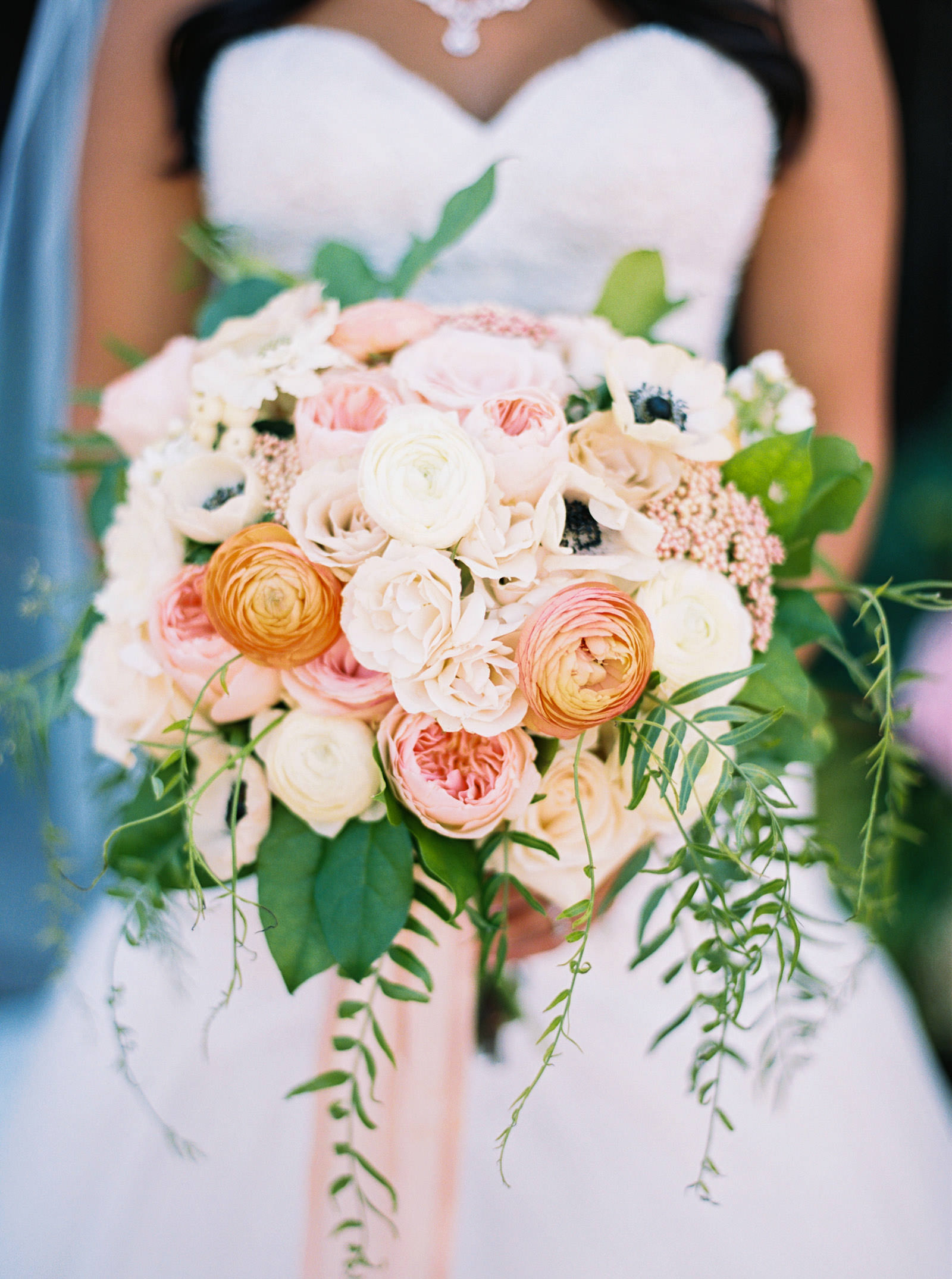 Blush and coral wedding bouquet at Kelley Farms   Seattle Wedding Photographer Anna Peters