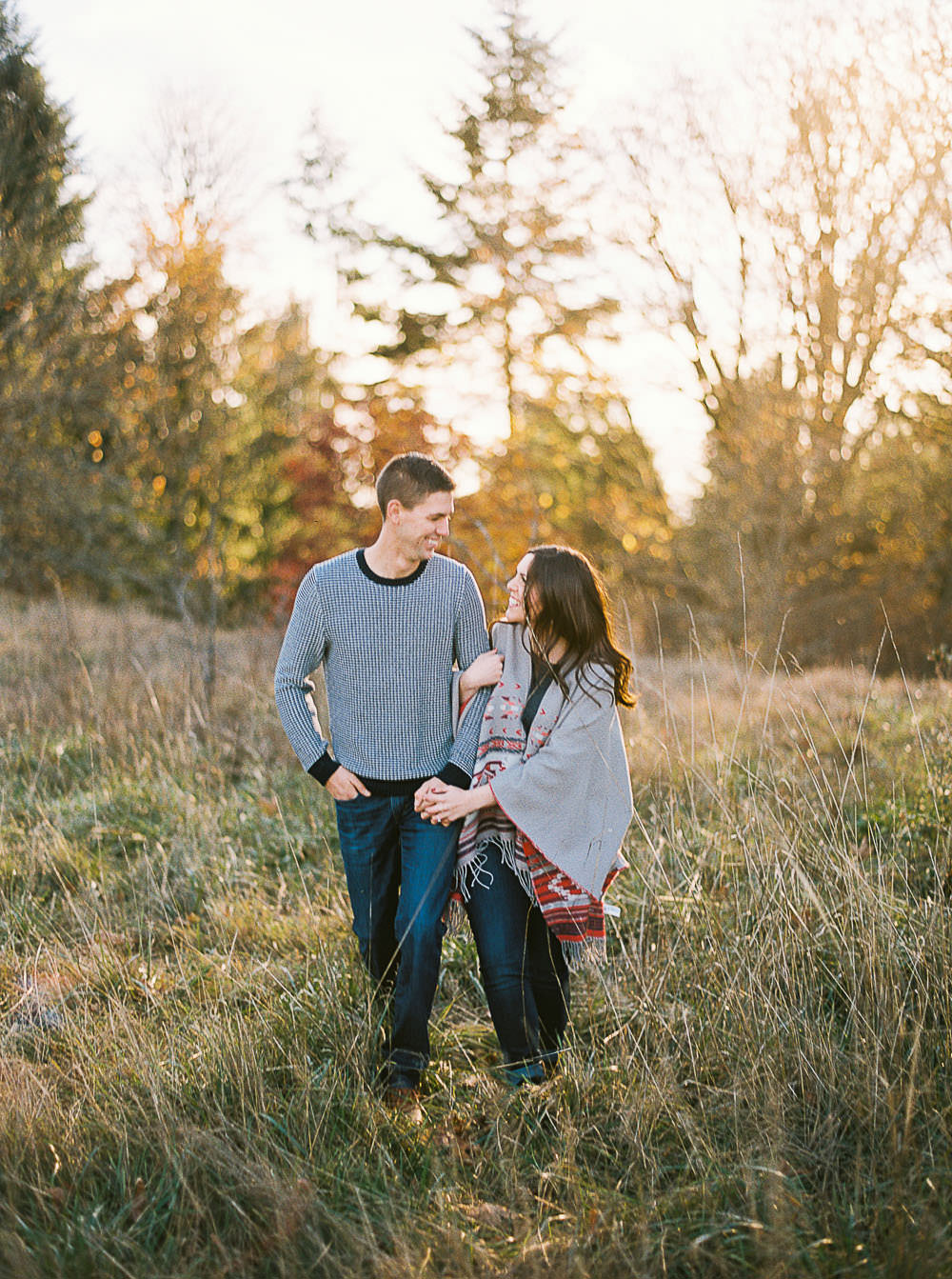 Fall Discovery Park Engagement Session Ideas by Seattle Wedding Photographer Anna Peters