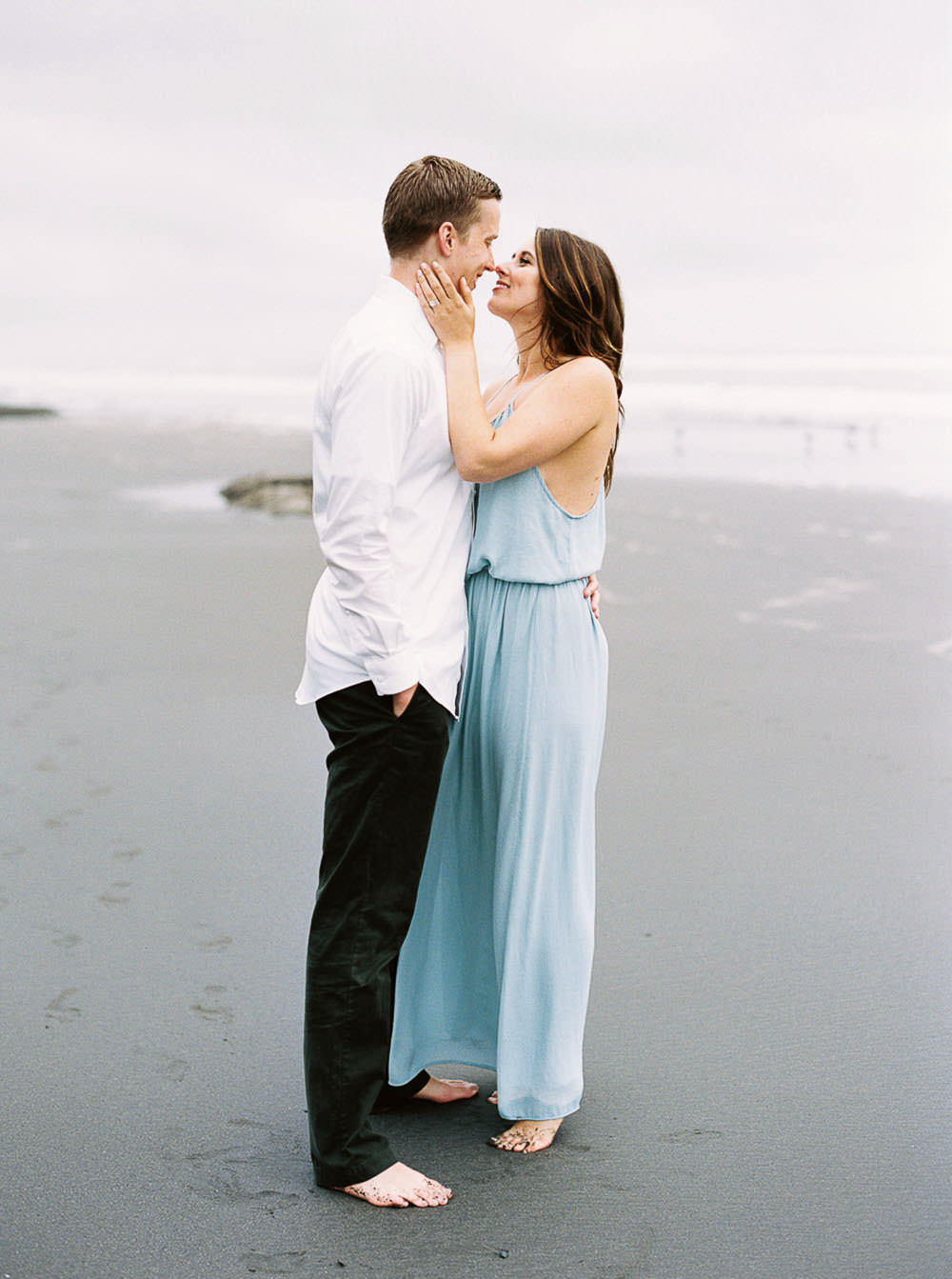 Engagement Session Style with long dress by Seattle Wedding Photographer Anna Peters