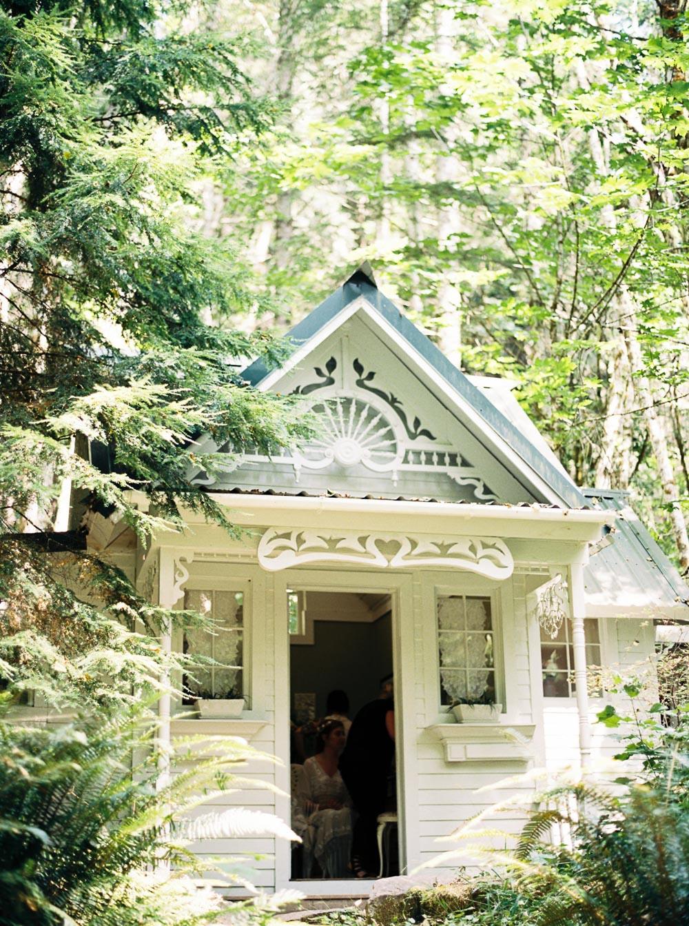 Wellspring Spa Wedding Venue by Seattle Wedding Photographer