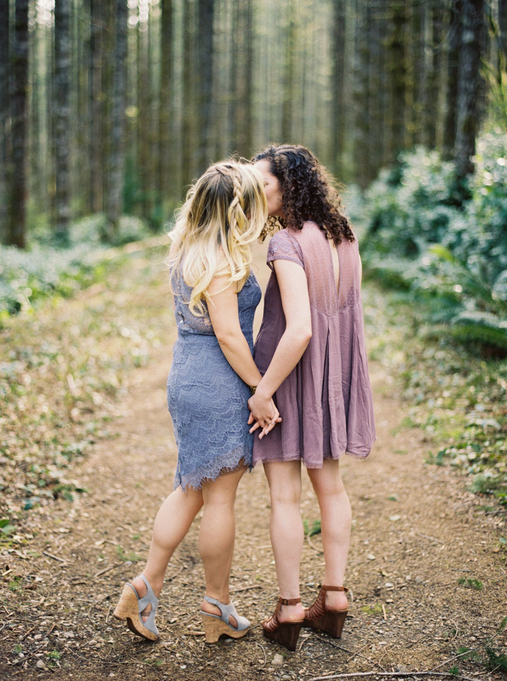 Rattlesnake ridge LGBT Engagement Session by Seattle Wedding Photographer Anna Peters