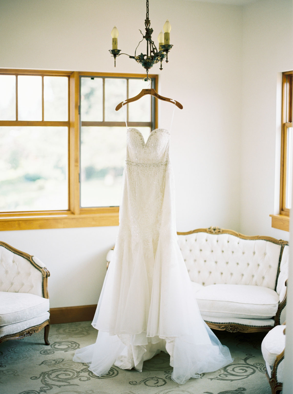 Beaded strapless bridal gown at Arbor Crest Winery captured by Spokane Wedding Photographer Anna Peters
