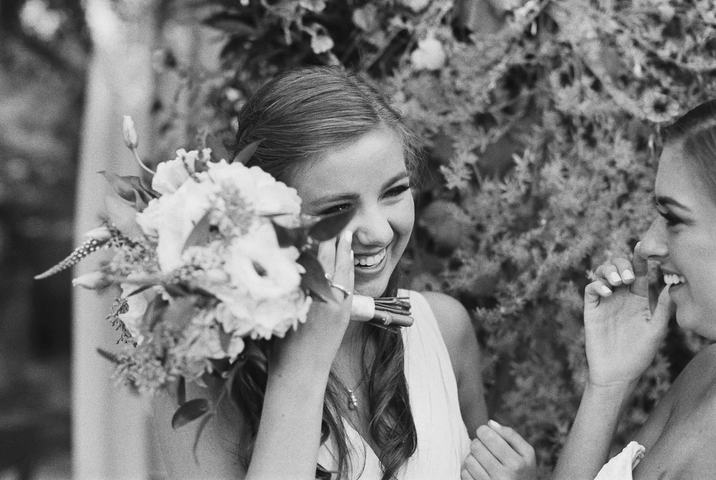 Emotional Moment between sisters captured by top Seattle Wedding Photographer Anna Peters