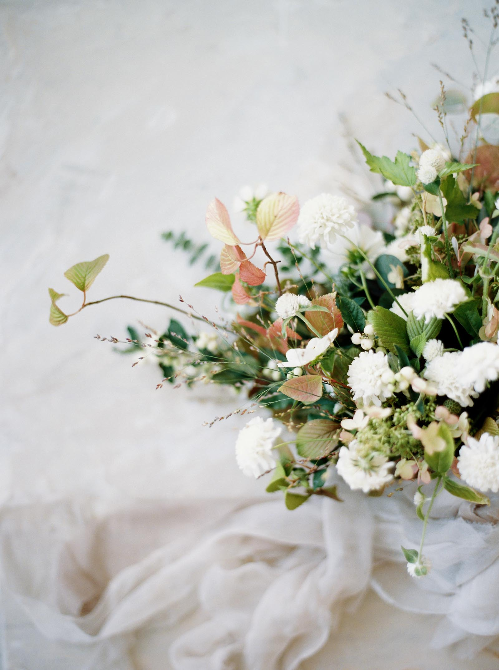 Garden style bridal bouquet captured by Seattle Wedding Photographer Anna Peters