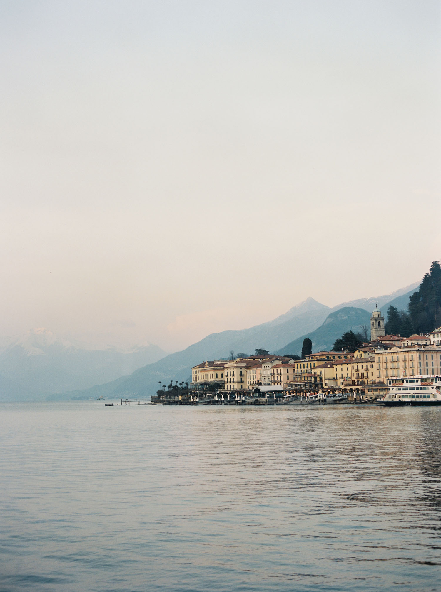 Lake Como scenery captured on film by destination wedding photographer Anna Peters
