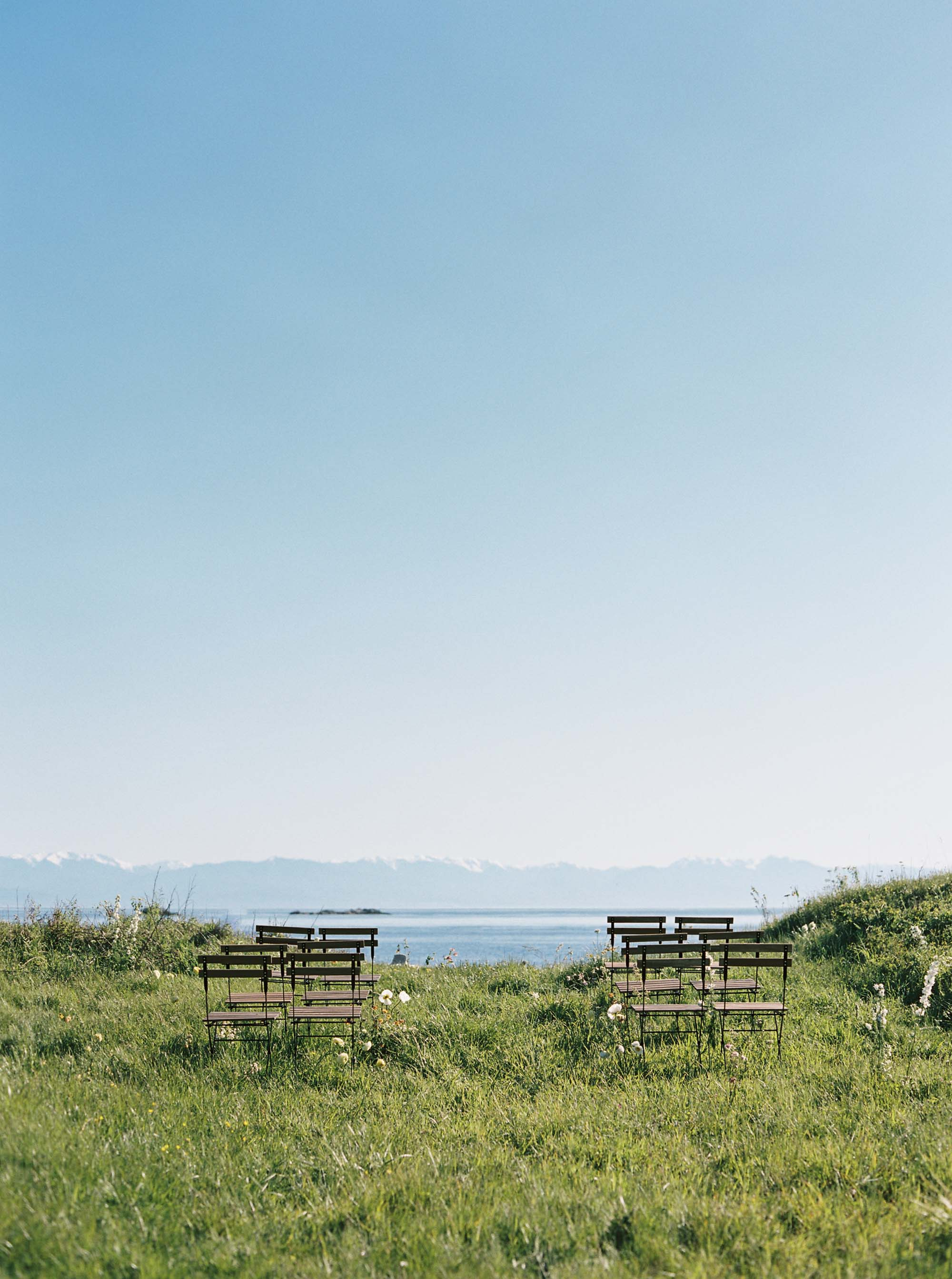 San Juan Islands Wedding from Anna Peters | An intimate, natural farm to table wedding on Lopez Island | Seattle Wedding Photography, San Juan Islands Wedding Photography
